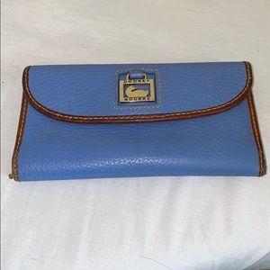 Dooney & Bourke Bags - Dooney & Bourke Dillen wallet